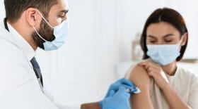 В Москве разработали рекомендации по вакцинации онкопациентов от COVID-19